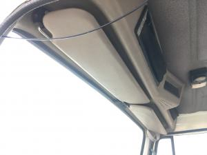 INTERNATIONAL 8100 Interior Sun Visor