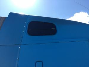 FREIGHTLINER C120 CENTURY Window