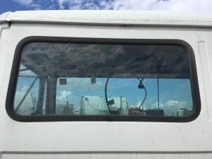 FREIGHTLINER FL60 Back Glass