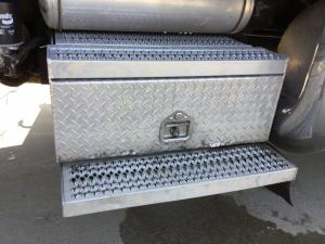 PETERBILT 379 Battery Box