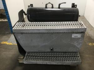 PETERBILT 387 Battery Box