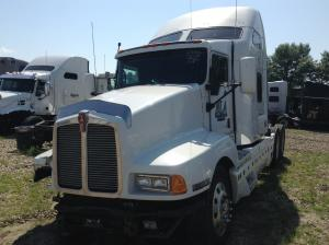 recent arrival KENWORTH T600