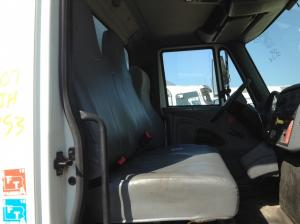 INTERNATIONAL 4300 Seat, non-Suspension
