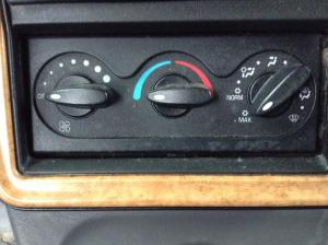 INTERNATIONAL PROSTAR Heater & AC Temperature Control