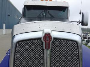 KENWORTH T660 Hood, Bug Deflector