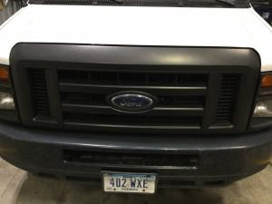 FORD E350 CUBE VAN Grille