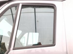PETERBILT 387 Door Glass