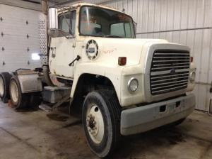 FORD LT9000 Cowl