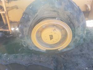 FIAT-ALLIS FR10B Tire and Rim