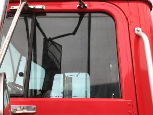 INTERNATIONAL 9100 Door Glass
