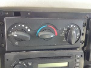 INTERNATIONAL DURASTAR (4300) Heater & AC Temperature Control