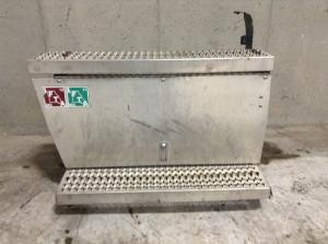 PETERBILT 386 Battery Box