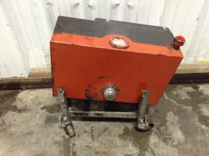 DITCH WITCH 4010 Hydraulic Reservoir