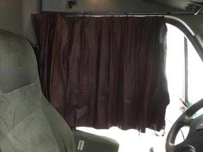 KENWORTH T2000 Interior, Curtains