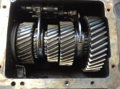SPICER 7041 Auxillary Transmission