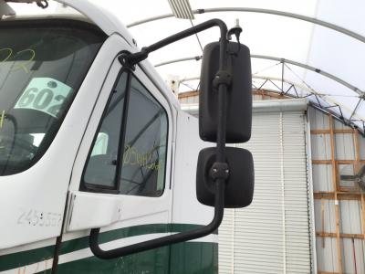 FREIGHTLINER COLUMBIA 112 Door Mirror