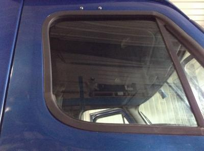 FREIGHTLINER CASCADIA Door Glass