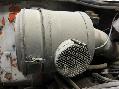 INTERNATIONAL S1700 Air Cleaner