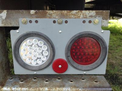 INTERNATIONAL 4300 Tail Lamp