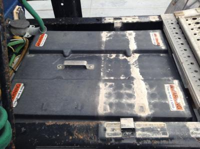FREIGHTLINER C120 CENTURY Battery Box