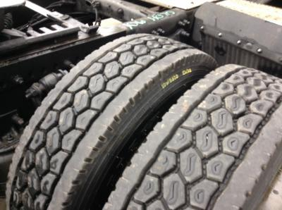 FREIGHTLINER CASCADIA Tires