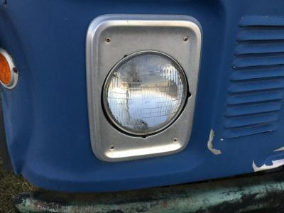 GMC ASTRO Headlamp
