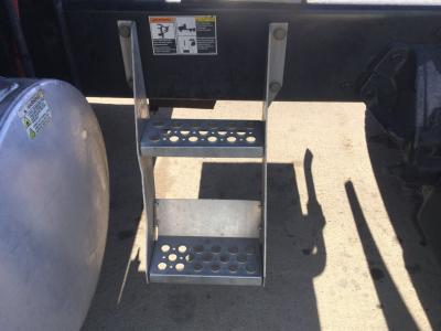 KENWORTH T700 Step (Frame, Fuel Tank, Faring)