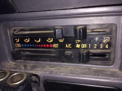 CHEVROLET W4500 Heater & AC Temperature Control