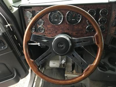 INTERNATIONAL 9900 Steering Wheel