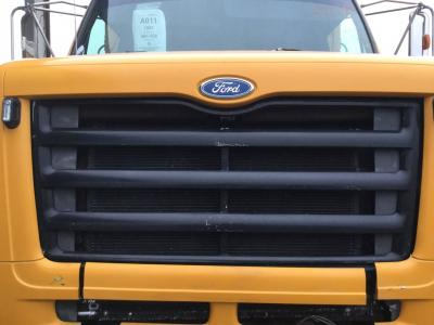 FORD L8501 Grille