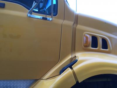 FORD L8501 Cowl