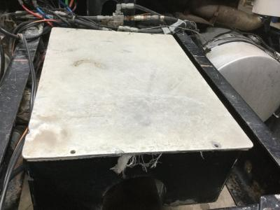 KENWORTH T600 Battery Box
