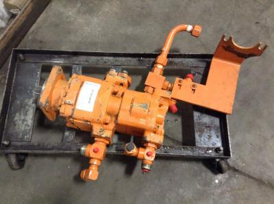 CASE 621B Hydraulic Pump