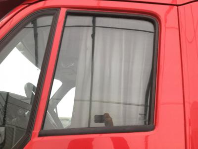 PETERBILT 587 Door Glass