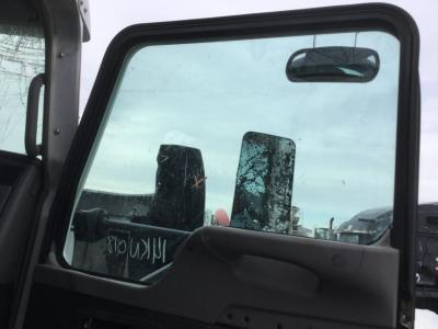 KENWORTH T800 Door Glass