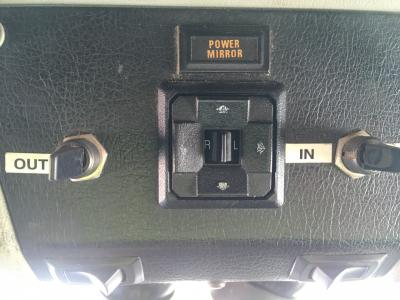KENWORTH T600 Dash/Console Switch