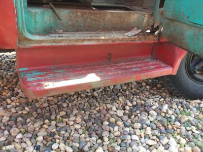 FORD F700 Step (Frame, Fuel Tank, Faring)