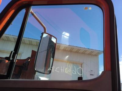 FREIGHTLINER COLUMBIA 120 Door Glass