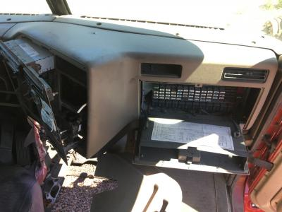 INTERNATIONAL 9200 Dash Panel