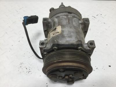 INTERNATIONAL TRANSTAR (8600) Air Conditioner Compressor