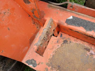 DITCH WITCH R40 Throttle Pedal