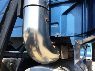 VOLVO VNL Exhaust Guard