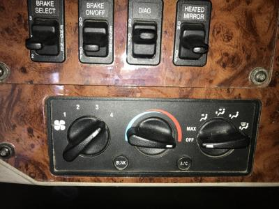 INTERNATIONAL 9400 Heater & AC Temperature Control