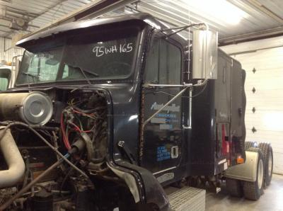FREIGHTLINER FLD112 Cab Assembly