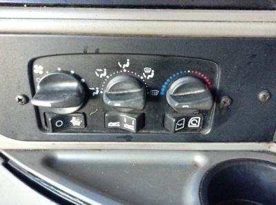 KENWORTH T2000 Heater & AC Temperature Control