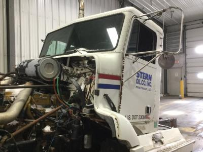 FREIGHTLINER FLD112SD Cab Assembly