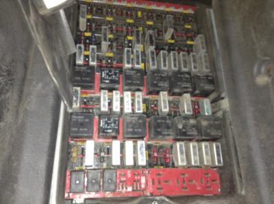 KENWORTH T600 Fuse Box on