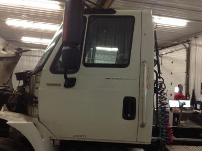 INTERNATIONAL 4400 Door