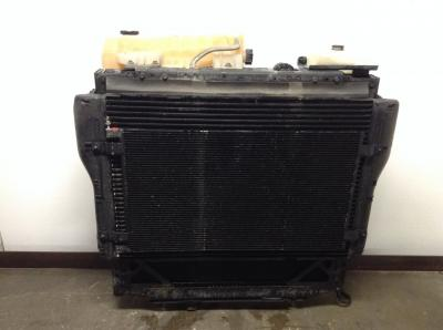 KENWORTH T680 Cooling Assembly. (Rad., Cond., ATAAC)