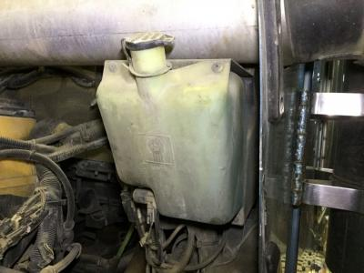 KENWORTH W900L Windshield Washer Reservoir